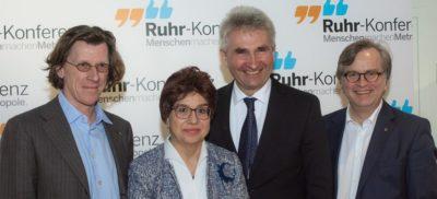 Ruhrkonferenz: Pinkwart sagt Unterstützung zu